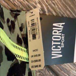 Victoria's Secret Intimates & Sleepwear - NWT Victoria Secret Knockout Zip Front Sports Bra